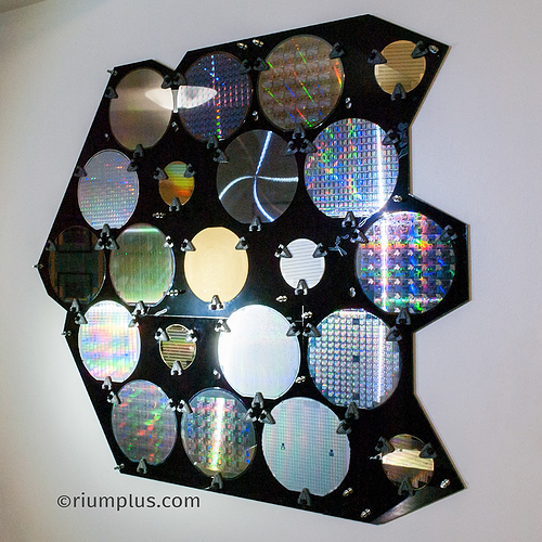 silicon_wafer_artwork_whole_angled-2